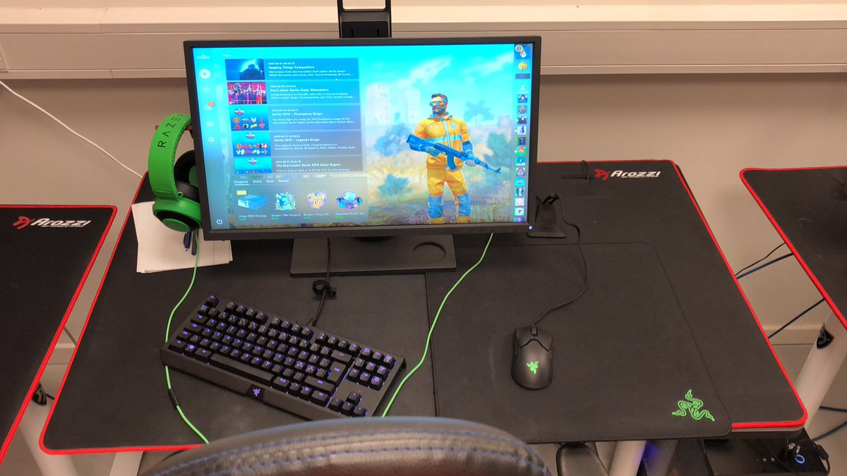 AcilioN's gaming setup at Copenhagen Flames' office